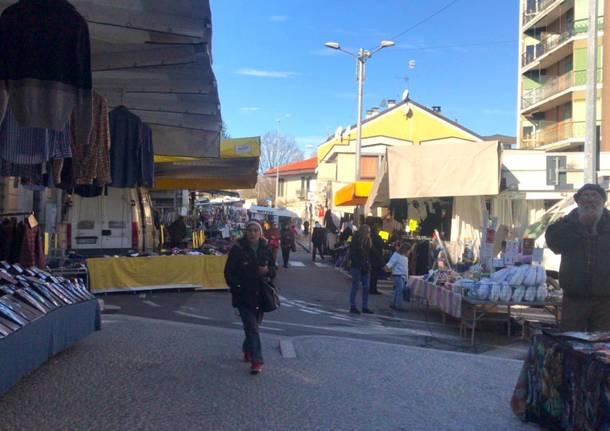 mercato sesto calende