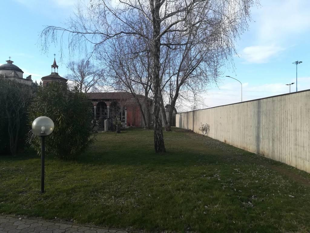 Via ai lavori al cimitero di Castellanza