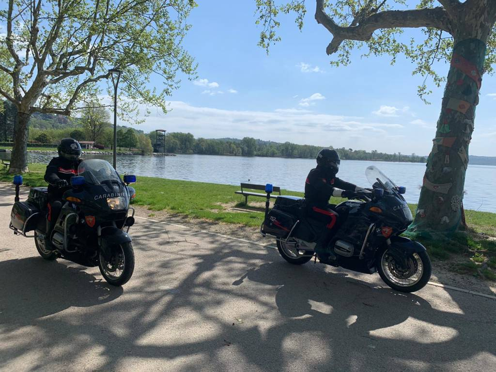 Controlli stradali coi carabinieri motociclisti