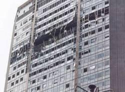 18 aprile 2002, un aereo si schianta contro il Pirellone