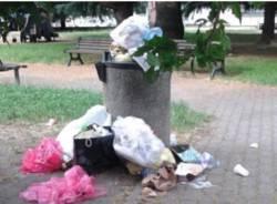 cestini rifiuti pieni