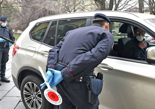 controlli polizia coronavirus