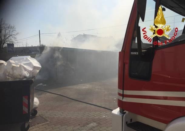 Incendio cassonetto Gornate Olona