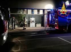 incendio concessionaria via pirandello busto arsizio vigili del fuoco