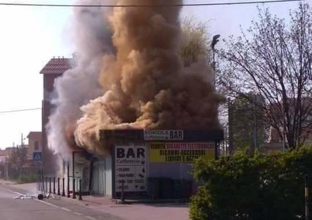 incendio lonate pozzolo edicola