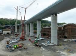 La costruzione del nuovo ponte di Genova