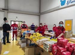 Pacchi alimentari, anche Croce Rossa e Banco Alimentare avviano la distribuzione