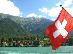 Foto Ticino con bandiera svizzera