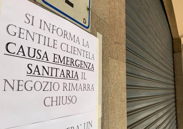 negozio chiuso coronavirus
