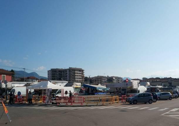 """Il mercato di Varese di nuovo """"Al completo"""""""