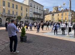 La protesta degli esercenti a Busto Arsizio