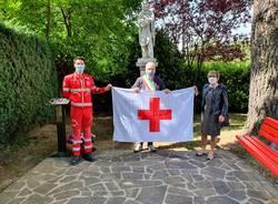 saltrio - bandiera croce rossa