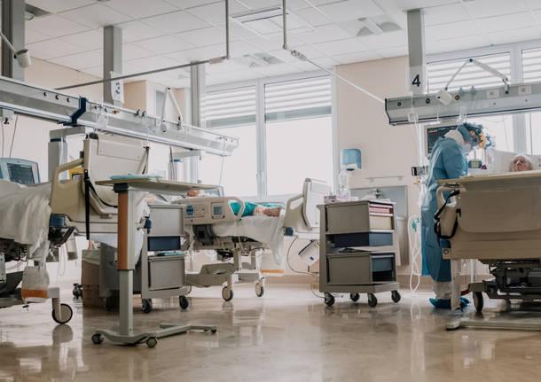 Varese - terapia intensiva Covid - foto di Maurizio Borserini