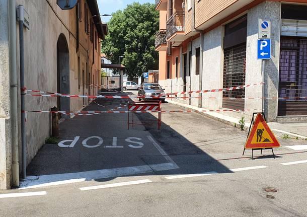 cedimento asfalto via petrarca cerro maggiore