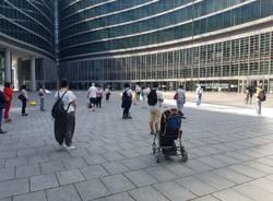 Flash mob davanti alla regione per i disabili