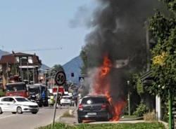 incendio vettura castiglione olona giugno 2020