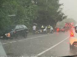 Quattro automobile fuori strada a causa del maltempo