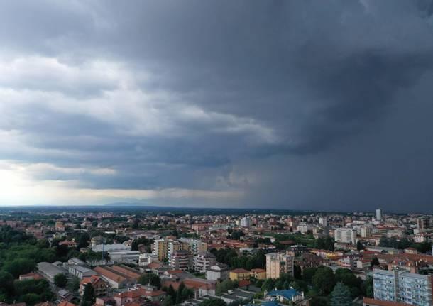 busto arsizio panorama nuvole maltempo