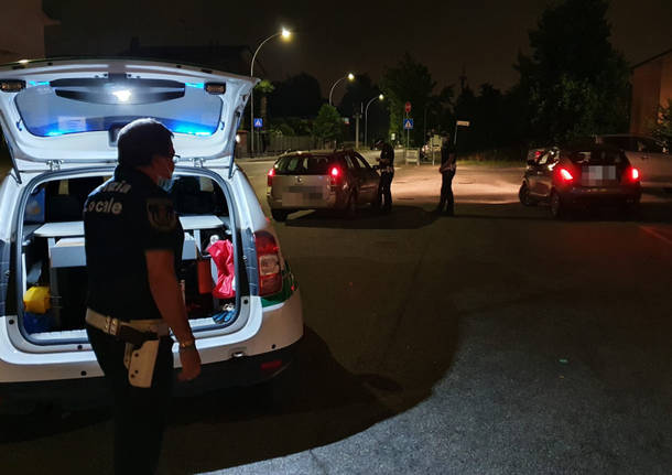 controlli notturni polizia locale cerro maggiore