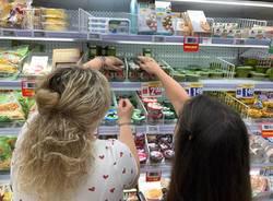 Corsi di cucina Tigros 2020: la spesa per la grigliata di pesce