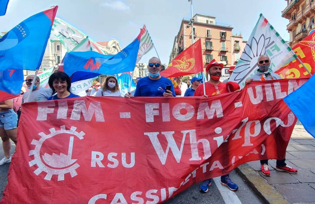 Manifestazione Whirlpool a Napoli