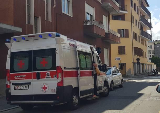motociclisti polizia locale busto arsizio ambulanza