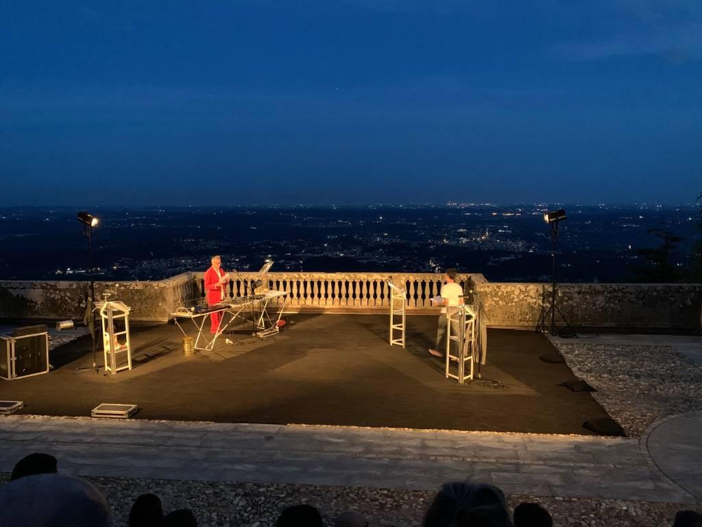 Spettacolo Teatro periferico a Tra Sacro e Sacro Monte