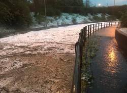 Tuoni, lampi e grandine: bomba d'acqua sul Saronnese