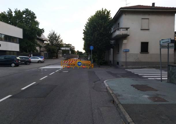 Voragine in via Montebello a Legnano