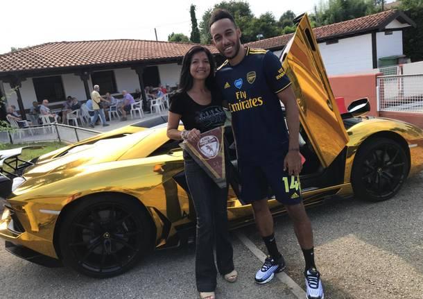 Aubameyang va a trovare i ragazzi del Torino Club