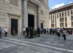 la cerimonia funebre dell'ex vicesindaco Massimo Bossi