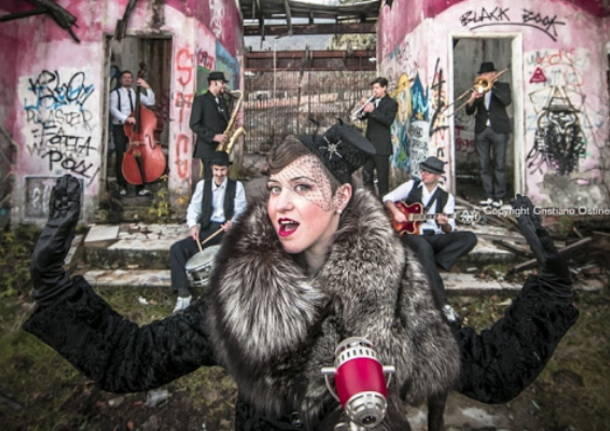 """Lady Dillinger Swing Band"" a Legnano"