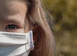 bambini mascherina coronavirus