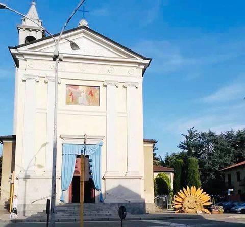 Santo Stefano in fiore per la Madonna della Cintura