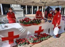 Croce Rossa in piazza per il mercatino d'autunno