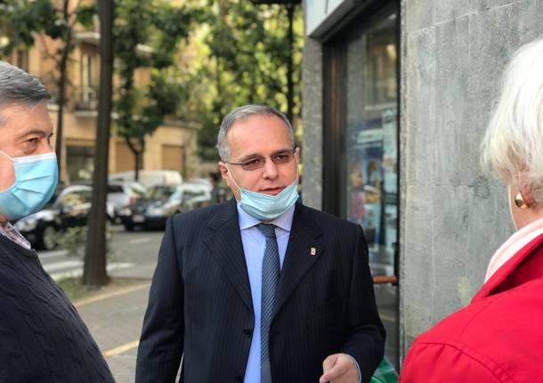 Fagioli e Airoldi, campagna elettorale al mercato
