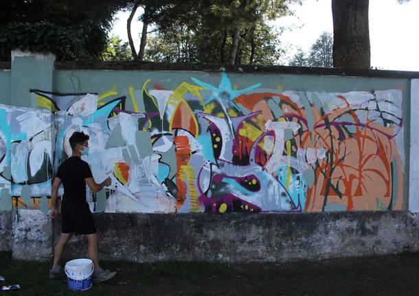 MAD colora il lungolago di Lavena Ponte Tresa