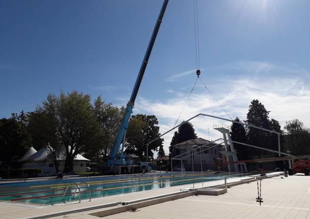 Piscina di Legnano, al via i lavori per la copertura della vasca esterna