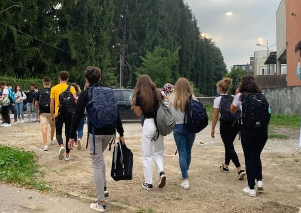 Primo giorno di scuola liceo Ferraris Varese