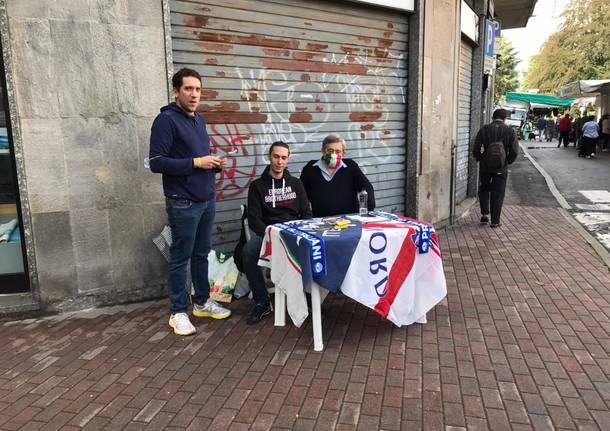 Saronno, al mercato riprende la campagna elettorale