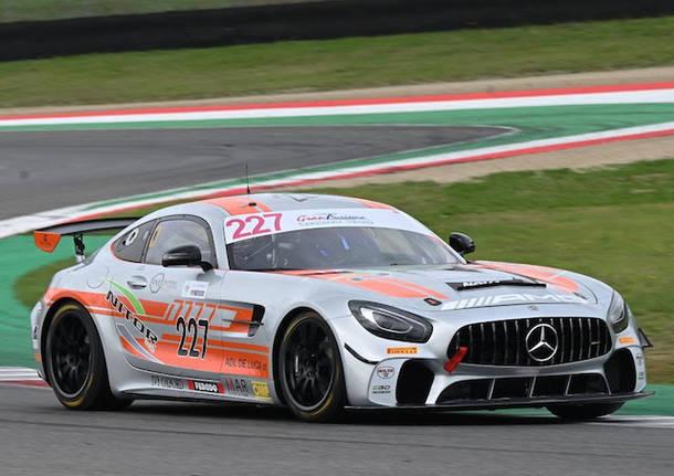 automobilismo mercedes nova race gt4 cigt