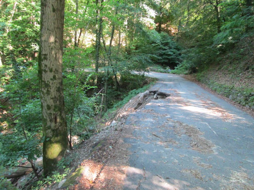 Brusimpiano: la situazione della strada Marchirolo - Ardena (ottobre 2020)