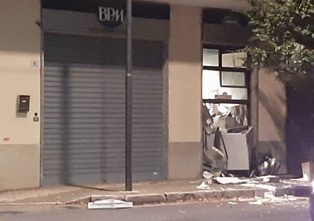 Esplosione bancomat BPM Vanzaghello