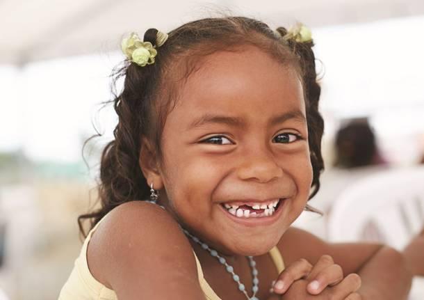 Giornata Internazionale del sorriso: sorridere è anche una questione di  salute - SaronnoNews