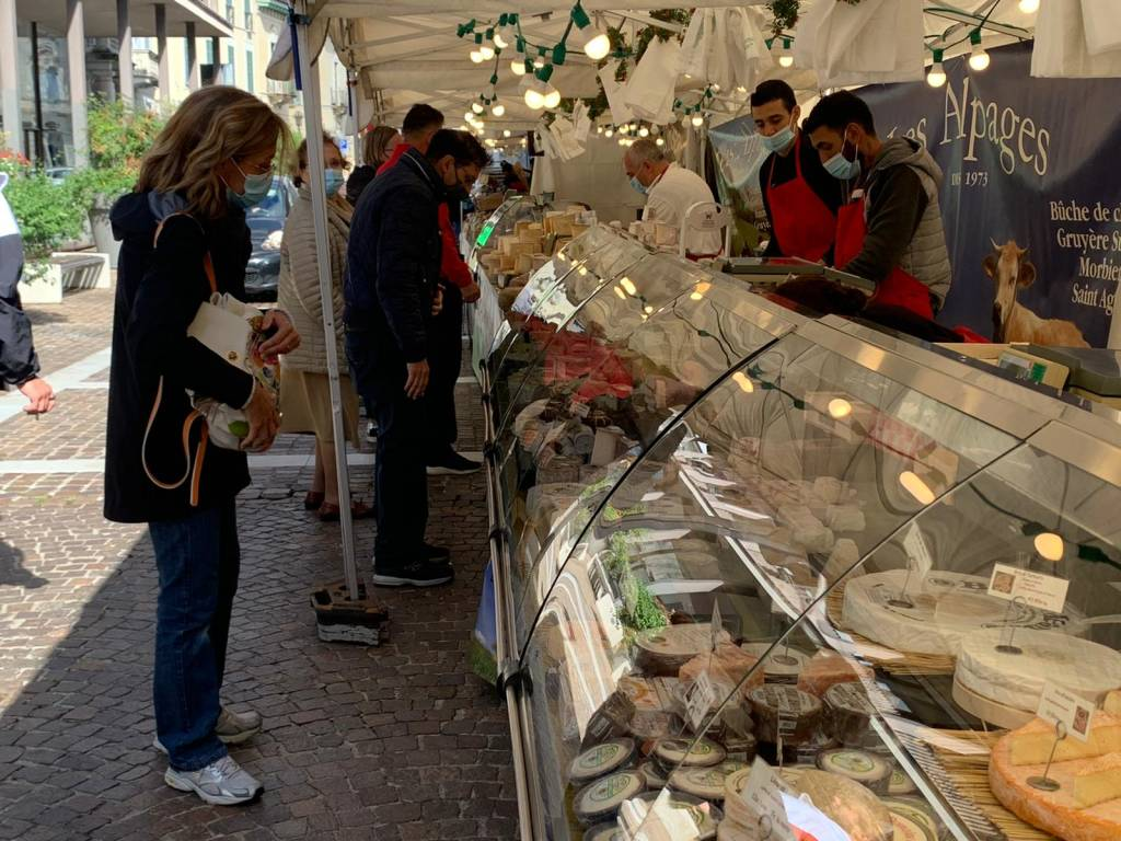 IL mercatino francese a Gallarate
