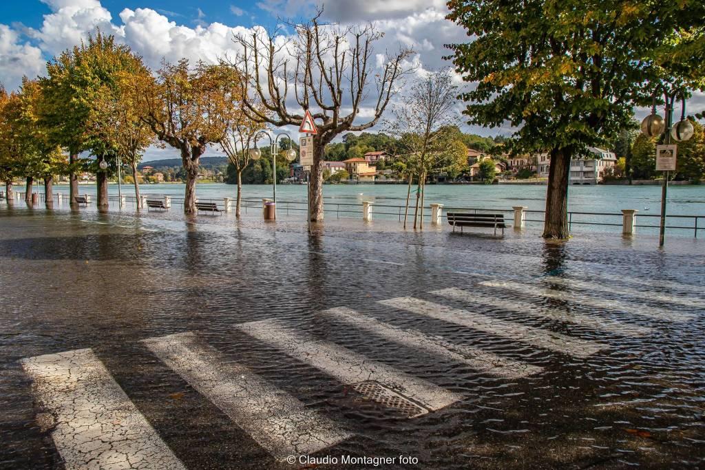 La piena del Ticino a Sesto Calende