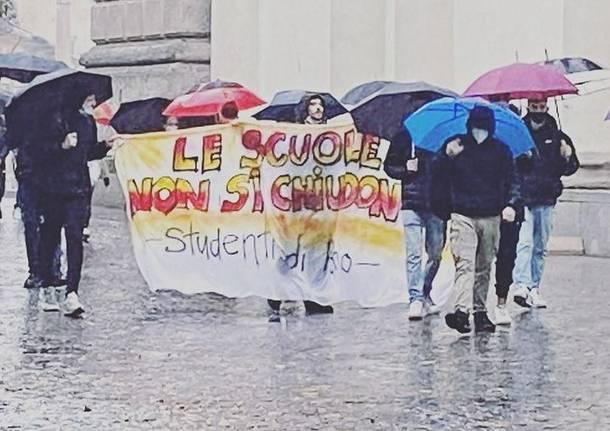 Manifestazione studenti Rho