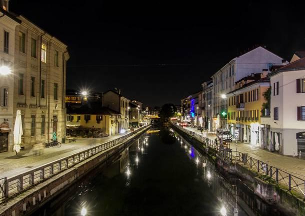 Milano ore 18: i luoghi della movida si svuotano