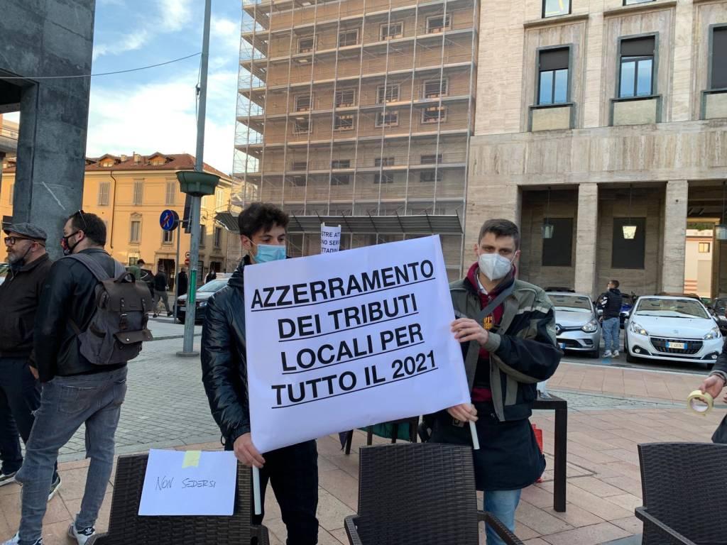 protesta commercianti varese