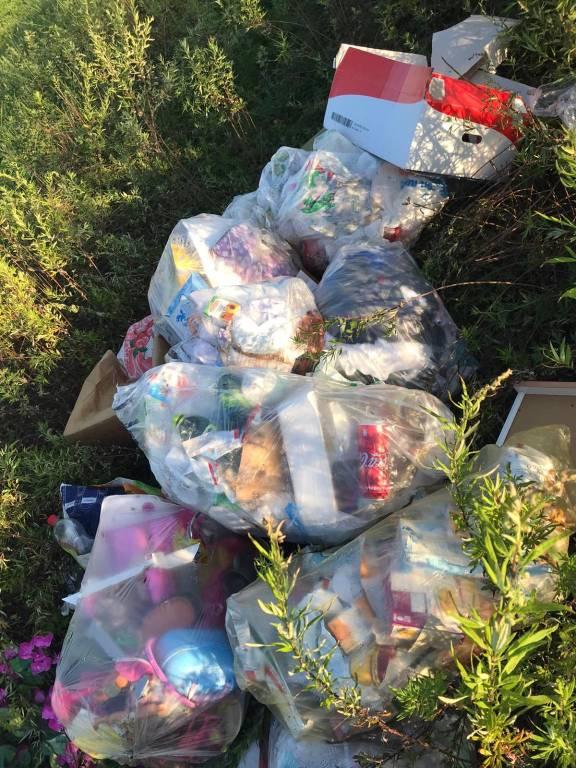 Scarica rifiuti tra Cislago e Mozzate: individuato il responsabile